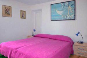 hostel eva room